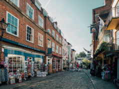 London - Street Perspective